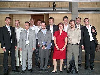 Od lewej: Krzysztof Adamus (opcom.pl), Jacek Tryzno (WP), Przemysław Fuksa (opcom.pl), Jacek Makowski (Onet), Dominik Kaznowski, Tomasz Piątkowski (zentropy), Artur Zawadzki, Benita Jakubowska (Gazeta), Olgierd Cygan, Michał Kreczmar (IDG), Robert Biegaj (Gazeta), Dariusz Sokołowski (IDG)