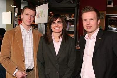 od lewej: Emil Podlaszewski, szef produktu,  Alina Prawdzik, dyrektor generalny, Przemysław Pluta, dyrektor działu marketingu