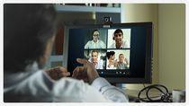 Możliwe, że Skype utworzy spółkę joint venture z Facebookiem lub Google