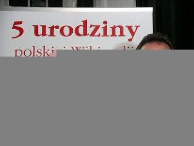 Jimmy Wales, założyciel WIkipedii w czasie piątych urodzin serwisu w Polsce, Warszawa 24 września 2006 roku